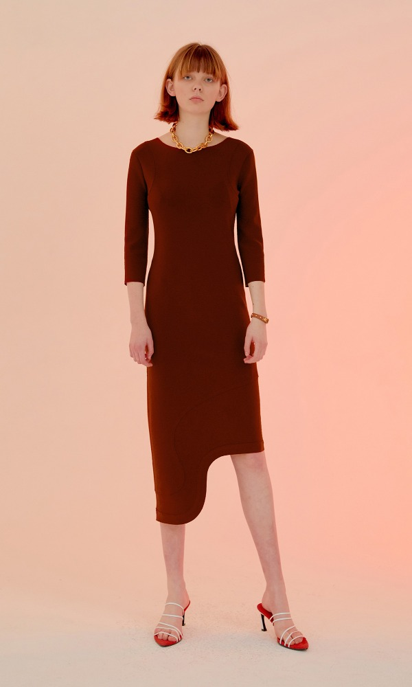 Rindi Line Point Dress_Brick Red