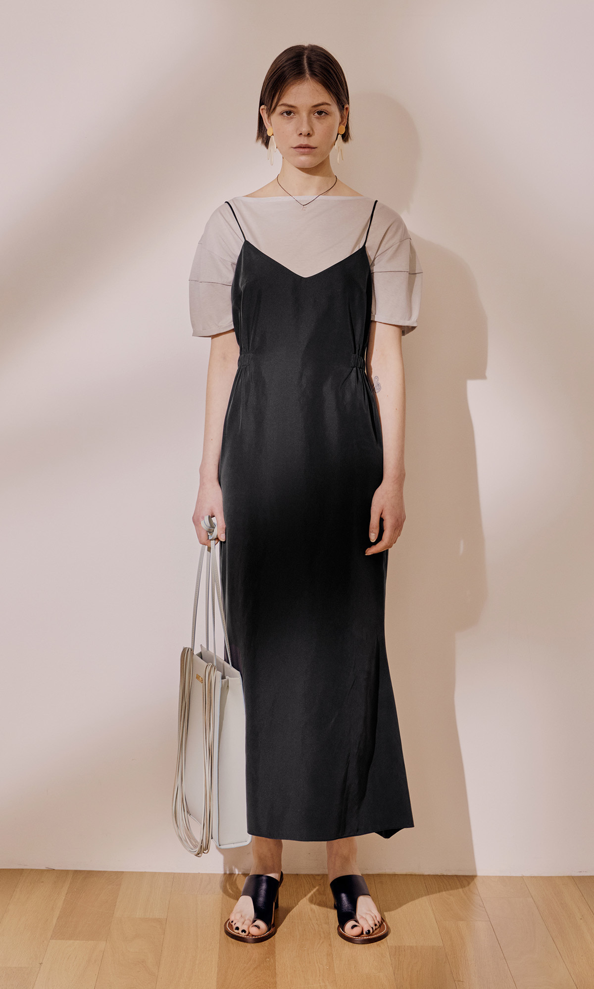 Turin Dress_Black (1차 리오더)