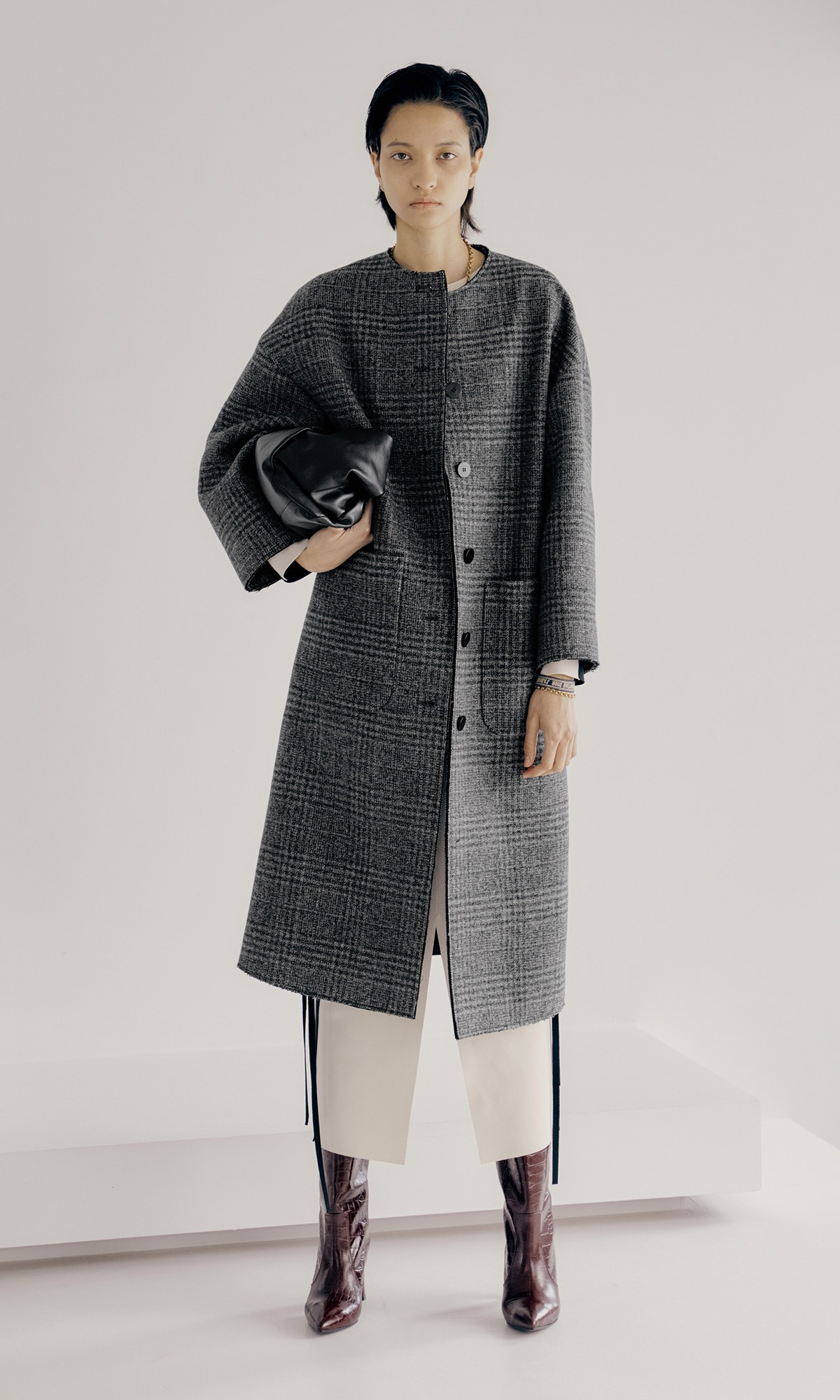 Bring Fur Coat_Black Check (Pre-Order, 9월 29일 순차배송)