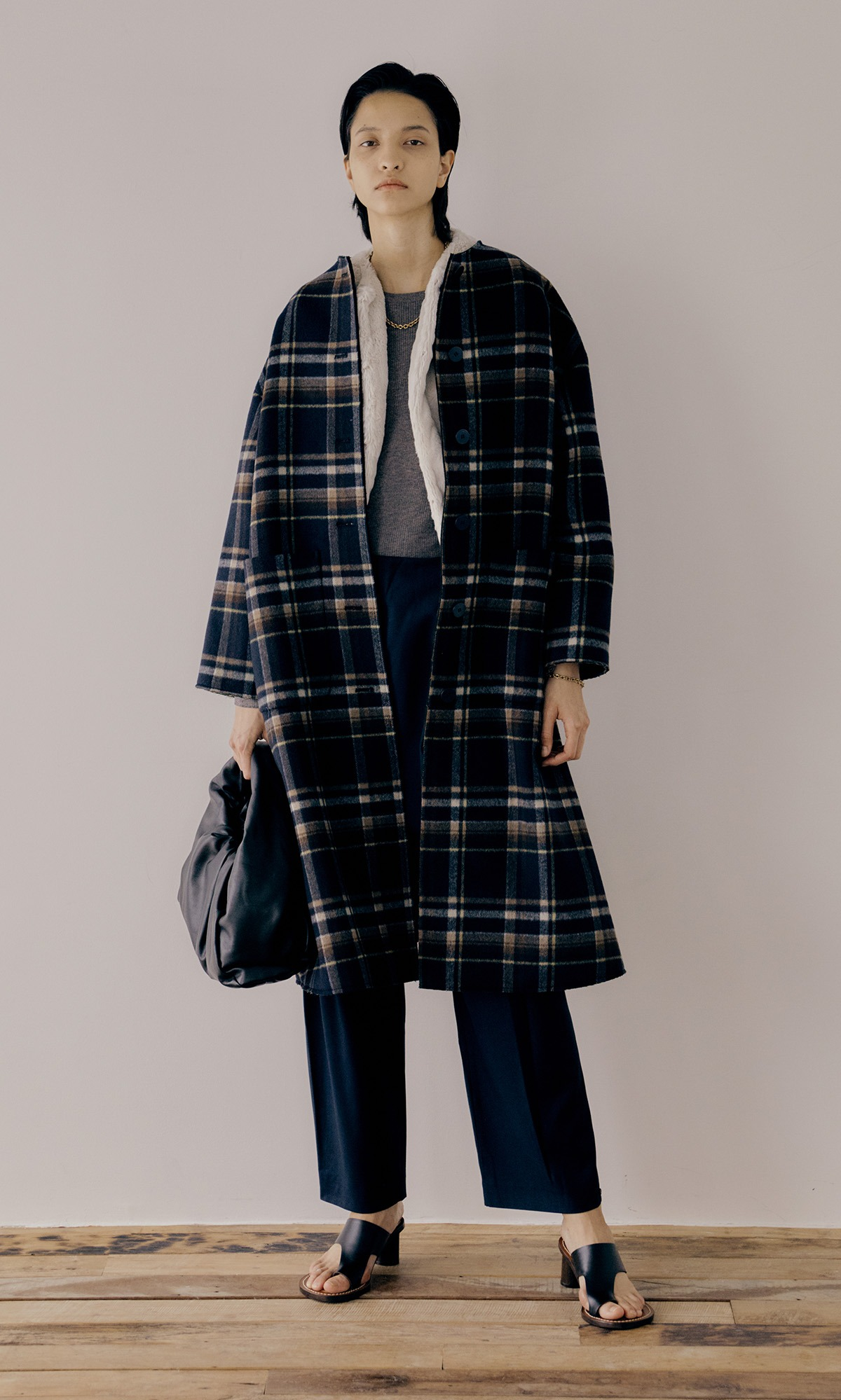 Bring Fur Coat_Navy Check (Pre-Order, 9월 29일 순차배송)