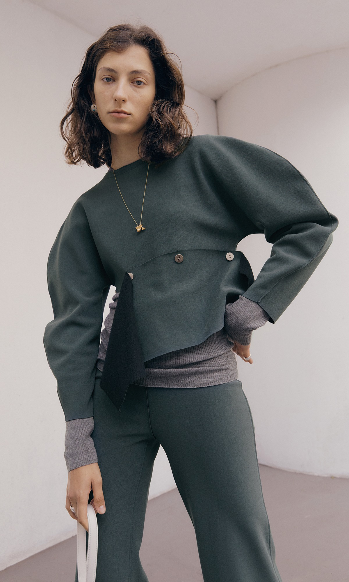 Nilo Button Top_Forest Green